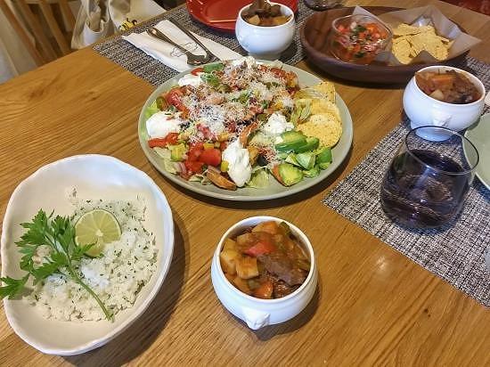 멕시칸보양식<멕시코비프스튜&나쵸샐러드&라임허브라이스>